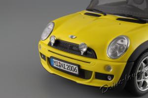 Прикрепленное изображение: Mini One (with Aerodynamic Package) Yellow Kyosho for MINI 80430148553_27.JPG