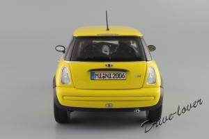 Прикрепленное изображение: Mini One (with Aerodynamic Package) Yellow Kyosho for MINI 80430148553_04.JPG