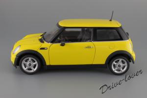 Прикрепленное изображение: Mini One (with Aerodynamic Package) Yellow Kyosho for MINI 80430148553_02.JPG