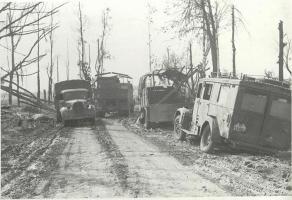 Прикрепленное изображение: Kfz.31 3-й дивизии СС Тотэнкопф (Мёртвая голова), СССР.jpg