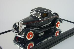 Прикрепленное изображение: Ford 1933 V8 Coupe couch maroon Classic Carlectables 1.jpg