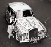 Прикрепленное изображение: автомобиль-Джона-Леннона-Rolls-Royce.jpg