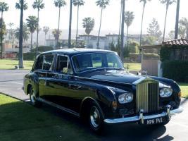 Прикрепленное изображение: Undefined-Rolls-Royce--30006_1.jpg