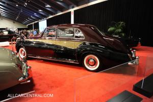 Прикрепленное изображение: Rolls_Royce_PV_Sedanca_De_Ville_James_Young_1962_SFS3296_San_Francisco_AutoShow_11-12.jpg