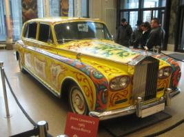 Прикрепленное изображение: -John-Lennon-s-1965-Rolls-Royce-0-771411.jpg