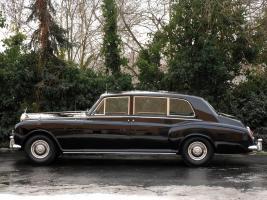 Прикрепленное изображение: autowp.ru_rolls-royce_phantom_royal_limousine_5.jpg