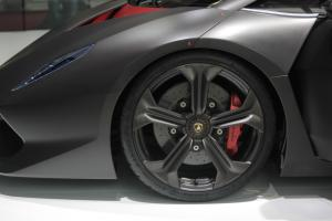 Прикрепленное изображение: S0-Lamborghini-Sesto-Elemento-5005-photo100219-2782-j-76650.jpg