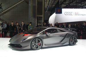 Прикрепленное изображение: S0-Lamborghini-Sesto-Elemento-4951-photo100165-2782-j-76596.jpg
