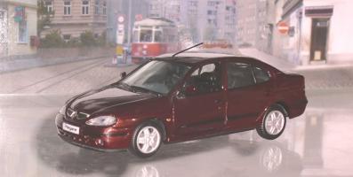 Прикрепленное изображение: megane1 sedan.JPG