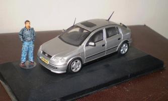 Прикрепленное изображение: ya i moy Opel.JPG