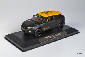 Прикрепленное изображение: Range Rover Evoque 3-Door Year of the Horse Nuernberg Toy Fair Ixo 1.jpg