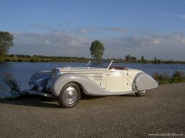 Прикрепленное изображение: Gangloff_Bugatti_T57C_Roadster_1939_09.JPG