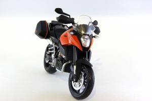 Прикрепленное изображение: KTM 990 SM-T (7).JPG
