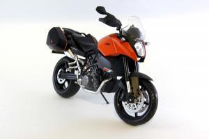 Прикрепленное изображение: KTM 990 SM-T (3).JPG