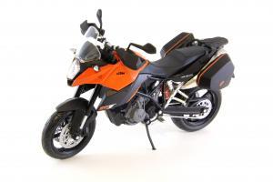 Прикрепленное изображение: KTM 990 SM-T (6).JPG