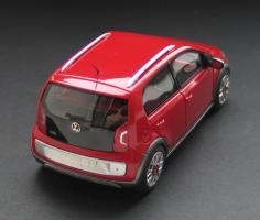 Прикрепленное изображение: VW Cross Up!-02.jpg