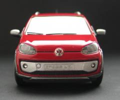 Прикрепленное изображение: VW Cross Up!-03.jpg