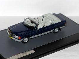 Прикрепленное изображение: Mercedes-Benz W126 380 SEL Cabrio 1984 Caruna HRH. Princess Juli 008.JPG