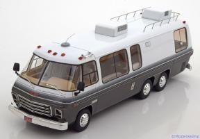 Прикрепленное изображение: GMC Motorhome 1973-1978.jpg
