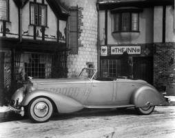 Прикрепленное изображение: Packard Twelve Dual Cowl Sport Phaeton.jpg