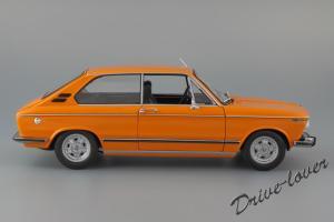 Прикрепленное изображение: BMW 2000Tii Touring Minichamps for BMW 80430145824_04.jpg