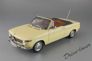 Прикрепленное изображение: BMW 2002 Cabrio Minichamps 80430145820_01.jpg