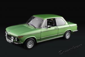 Прикрепленное изображение: BMW 2002 TiiL Autoart for BMW 80430151479_01.jpg