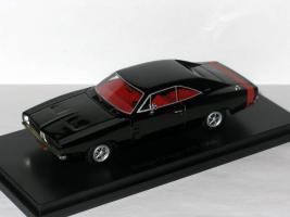 Прикрепленное изображение: Ford & Dodge 006.JPG