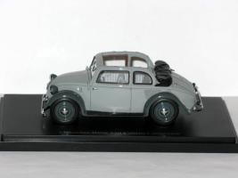 Прикрепленное изображение: Mercedes-Benz 130 Cabrio-Limousine 1935 002.JPG