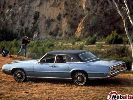 Прикрепленное изображение: Ford Thunderbird Landau 1969.jpg