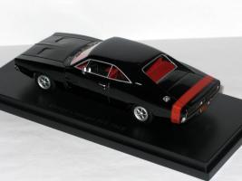 Прикрепленное изображение: Ford & Dodge 008.JPG
