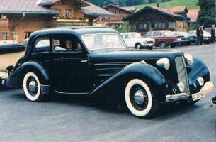 Прикрепленное изображение: Studebaker Big Six President by Hartmann 1935.jpg