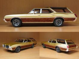 Прикрепленное изображение: 1971 Oldsmobile Vista Cruiser.jpg