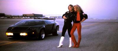 Прикрепленное изображение: Vector_W2_Twin_Turbo_1988-89_Fashion-shots_07.jpg