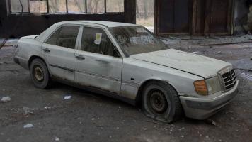 Прикрепленное изображение: 491_tid_Abandoned-Mercedes.jpg