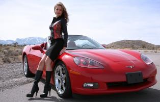 Прикрепленное изображение: red_corvette_driving_003.jpg