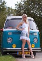 Прикрепленное изображение: belle-ragazze-auto-epoca-148.jpg