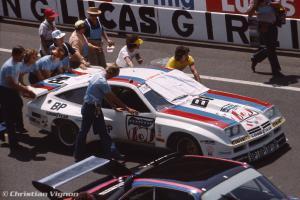 Прикрепленное изображение: Monza-DeKon1006_Keyser_1976-06_LeMans-pits-04.jpg