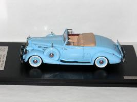 Прикрепленное изображение: Packard 1407 Twelve & Cadillac Eldorado 002.JPG