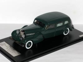 Прикрепленное изображение: Duesenberg Model J Bohman & Schwartz Landaulet Throne Car 1937 001.JPG