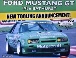 Прикрепленное изображение: 1-18-classic-carlectables-ford-mustang-gt-1986-bathurst-_17-dick-johnson_2_.jpg