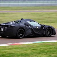 Прикрепленное изображение: Ferrari-mid-engine-hybrid-prototype-fiorano-10.jpg