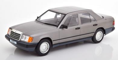 Прикрепленное изображение: Limousine-Mercedes-300-D-W124-Model-Car-Group-18100-0.jpg