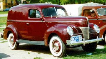 Прикрепленное изображение: Ford Panel Van 1940.jpg