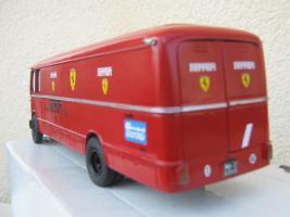 Прикрепленное изображение: TRON camion truck FIAT 642 trasporto FERRARI  1.jpg