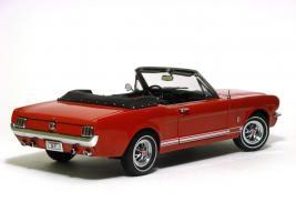 Прикрепленное изображение: 1965 Mustang GT-3.JPG