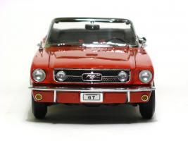 Прикрепленное изображение: 1965 Mustang GT-4.JPG