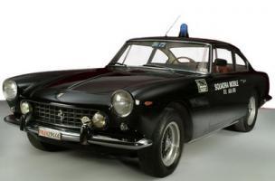 Прикрепленное изображение: Ferrari 250 GT Police Car 2.jpg