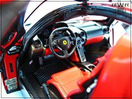 Прикрепленное изображение: FERRARI Enzo 126.jpg