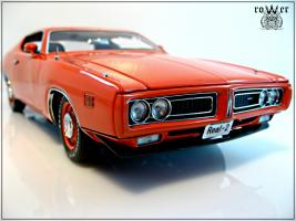 Прикрепленное изображение: DODGE Charger EV2 Hemi Orange 1971 020.jpg